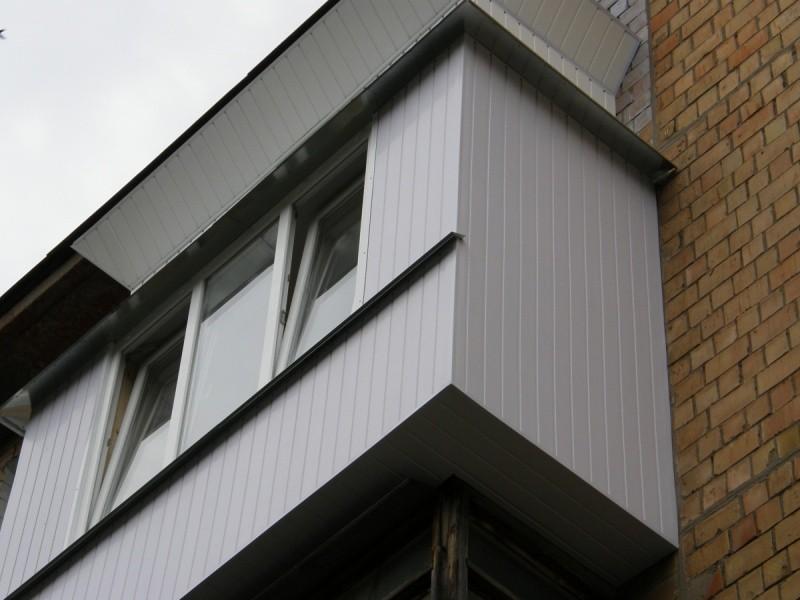 Виниловая вагонка балконы