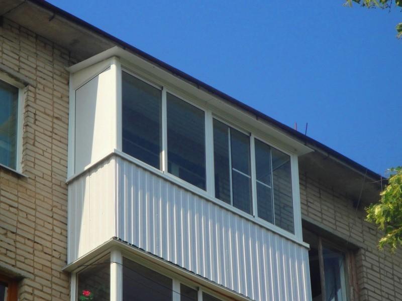 Балконы из профнастила
